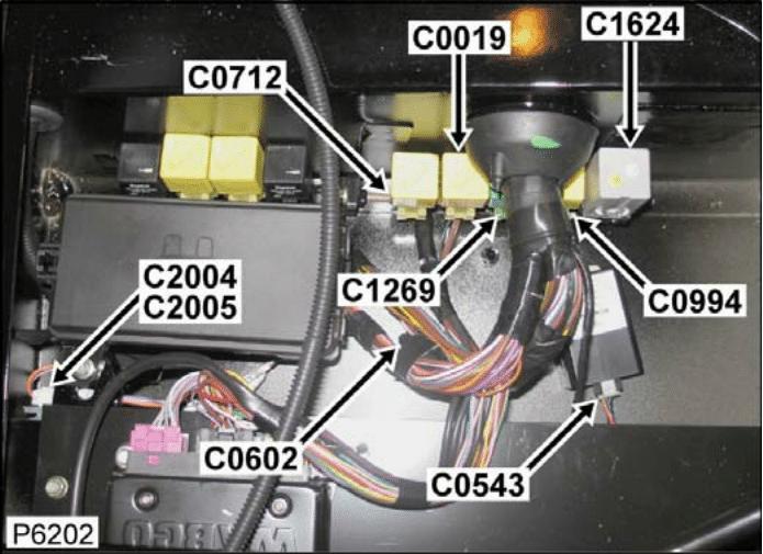 c2005 connector rear door link harness to main harness. Black Bedroom Furniture Sets. Home Design Ideas