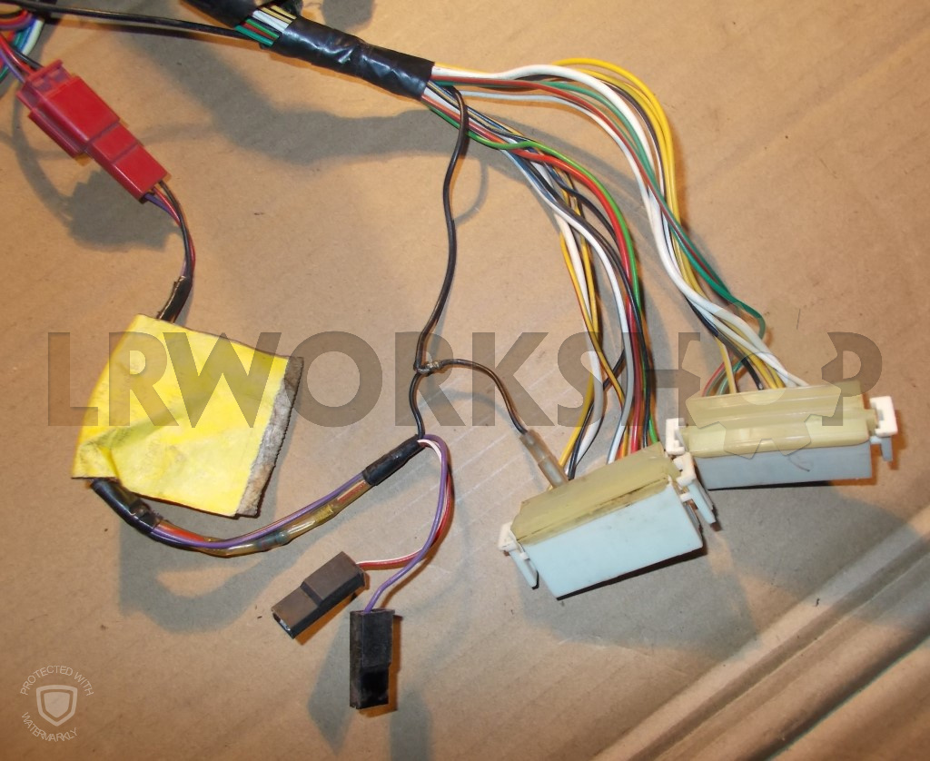 C331 Connector - Main Harness To Clock Harness
